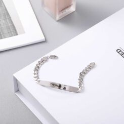 Curb Chain Bar Bracelet With Engrave Name