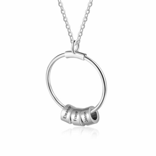 Round Pendant Mom Necklace With Engraved Names